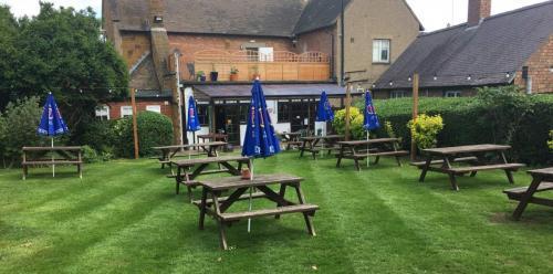 Pub garden maintenance