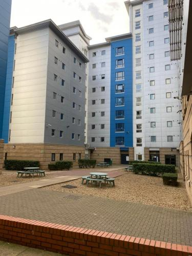 Student grounds maintenance leicester