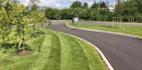 commercial-grounds-maintenance